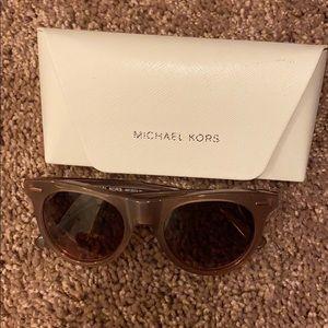 Beautiful Michael Kors sunglasses
